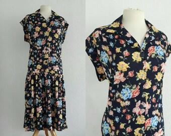Vintage 1970s Floral Dropwaist Dress US 10 EU 40 UK 12 Collared Shirt Dress