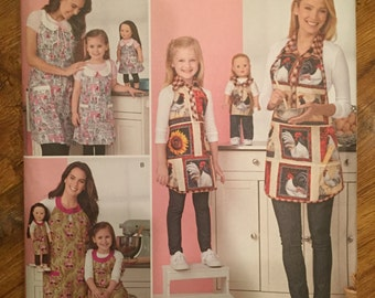 Simplicity 1241~Mommy, Me and Doll Aprons