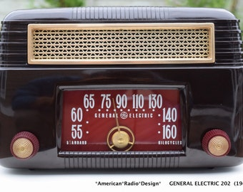 General Electric 202 Mid Century (1947) Six Tube Radio Clean & Working Free Shipping Hear Video