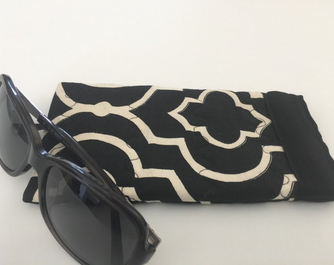 Pinch Open Sunglass Case, Padded Glasses Case, Easy Open/Close Sunglasses Case, Black and white