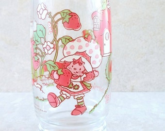 American Greetings Strawberry Shortcake and Friends Glass Tumbler It's The Berries Drinking Glass Huckleberry Pie Pupcake Anchor Hocking