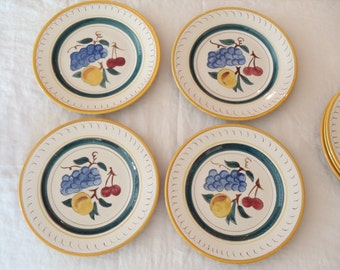 Set of Seven Stangl Fruit Pattern Dinner Plates