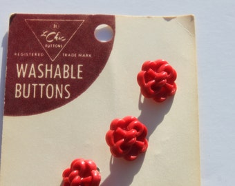 """Vintage Red Plastic Flower Buttons On Card, 3/4"""" Buttons, Jewelry Craft Sewing, A lot of 4 Buttons"""