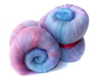 Spinning batts - 21 micron Merino - Tussah silk - 100g - 3.5oz - Blue - Lilac -  HYDRANGEA