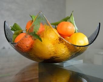 Modern Minimalist Fruit Bowl. Centerpiece Salad Bowl. Mininalist Fused Glass Bowl. Transparent Grey Fused Glass Bowl. Display Bowl L