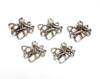 5 Antique Silver Octopus Charms - 21-55-1