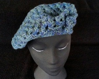 Spring Brook Beret with Small Flower accent