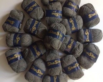 Wool Yarn 5 skeins Heather Grey Romance by Sha Sha 100% Virgin Wool Soft Made in Argentina Knitting Crochet Textiles Fibers