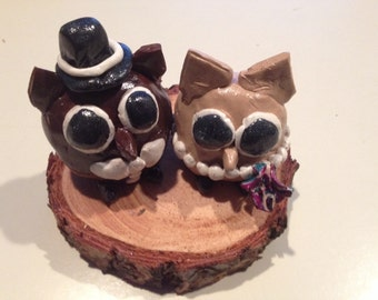 Brown Owl Wedding cake toppers figurines