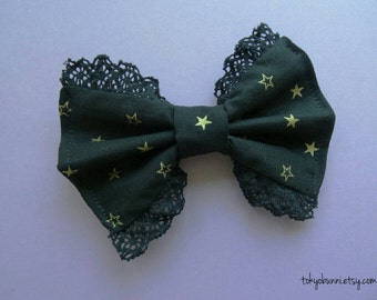 Black and Gold Star Lace Bow -Kawaii- Gothic- Creepy Cute - Lolita