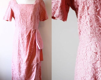 1960s dusty pink lace dress // lace dress // vintage dress