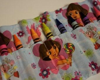 DORA the EXPLORER CRAYON Roll-Up 10 Count Crayon Caddy Crayola Crayons Included