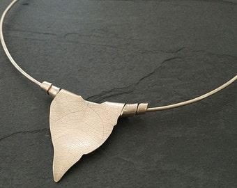 Rolled Leaf Choker