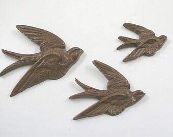 Vintage Bird Wall Hangings - Burwood Industries