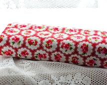 Floral Fat Quarter | Red Cotton Shabby Chic Fabric | Flower Fabric suitable for quilting