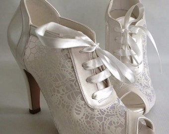 Wedding shoes, Bridal shoes, Bridesmaid shoes, Handmade  GUIPURE lace wedding / Choose heel height and color, #8445
