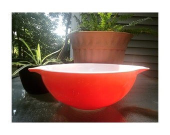 Vintage Pyrex -Large 4 Qt Bowl- Cinderella Handle Mixing Bowl/Casserole Ovenware -Red 444- USA