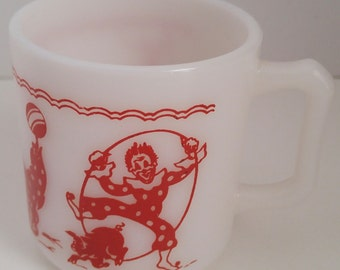 Vintage Hazel Atlas Childs Circus Mug Hazel Atlas Mug for Children with Circus Scene Hazel Atlas Circus Mug White Mug Red Circus Design