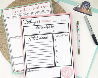 ANY COLOR Personalized 8.5 x 11 Day Planner - Monogrammed Notepads - Custom Stationery - Monogram - Paper Pads - Gifts for Best Friend