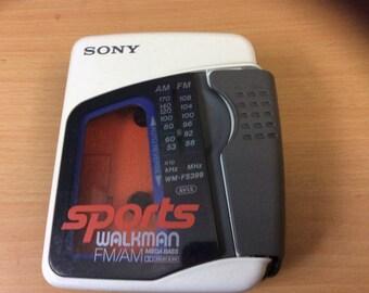 SONY Walkman 80's Rare White  Radio AM FM Cassette