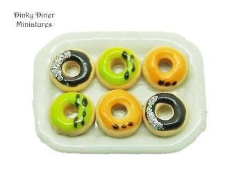 Plate of Halloween Doughnuts (Set D)  - Miniature 1:12 Scale Food