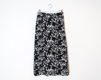 on sale - black & white floral maxi skirt / silky high waist a-line skirt / size L