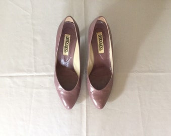 plum leather pumps | 80s bandolino heels | size 8.5