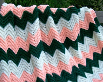 "Vintage Chevron ZIG ZAG  Ripple LARGE 42"" x 75"" Afghan Hand Made Multi Color ~ Hunter Green, Peach & White"