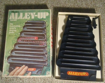 Alley Up Game by Hasbro 1971 Gravity Defying Game Vintage Toys