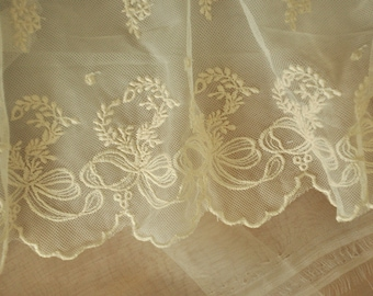 beige lace trim with bow , scallop cotton floral embroidery lace trim 2 yards