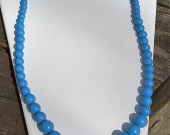 Vintage Periwinkle Blue Plastic Beaded Necklace