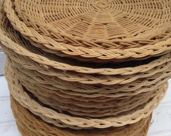 Wicker Plate Holders, Woven Wicker, Paper Plate Holders, Vintage, Picnic Supplies, Boho Dishware, Rattan, Retro, Summer Outdoor Dining