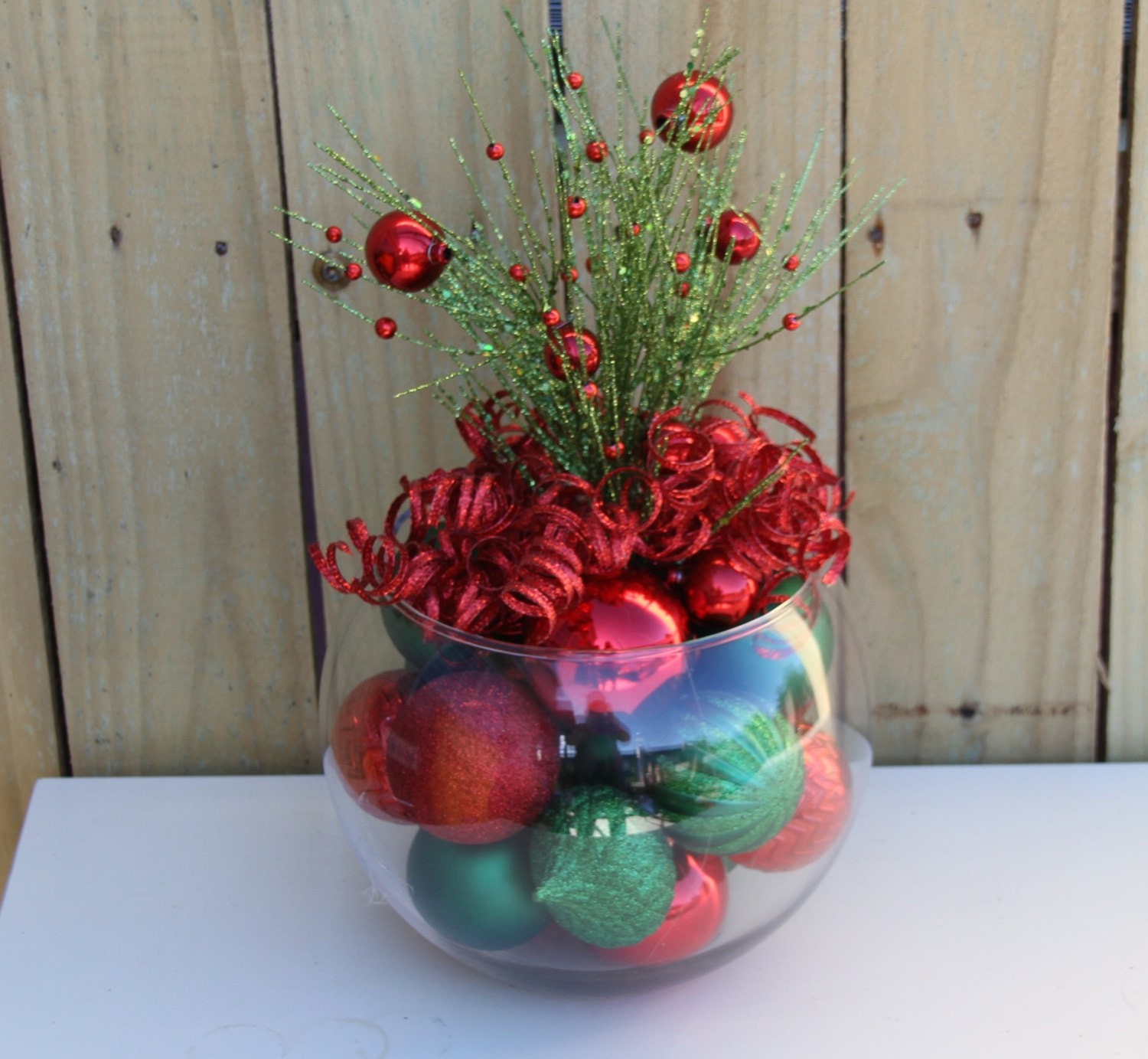 Christmas table decor centerpiece red and green for holiday