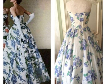 1950s Dress/ 50s Blue white Vintage Dress/50s Strapless Blue Floral Holiday Dress/50s Large Roses 1950s Wedding dress Prom 1950s Cocktail