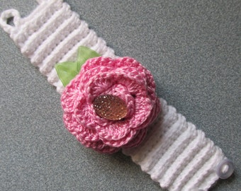Crocheted Corsage in Pink/White/Valentine's/Spring/Mother's Day