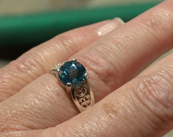 Sterling Silver Natural Swiss Blue Topaz 8mm Round Checkerboard Top 2.68ct Ring size 7
