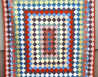 Vintage & VIbrant TRIP AROUND the WORLD  Quilt       Strong  and Sturdy       Unused