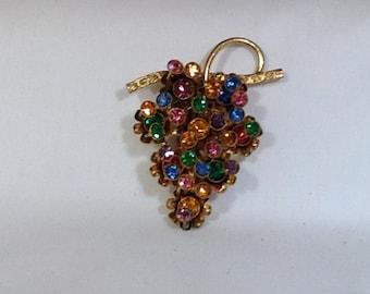 Czechoslovakia Grape Cluster Fur Clip
