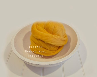 Destash SALE Merino  Yellow Top Roving Wool  Spinning Felting Undyed Fiber 8oz