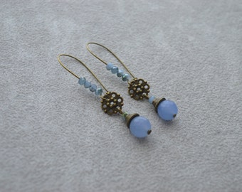 "Earrings ""blue moon"" composed of aquamarine and Crystal beads"