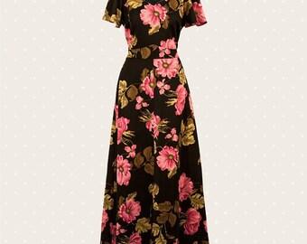 Long '70s flower dress