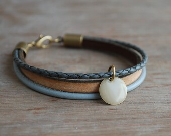 Earthy grey * Braided leather bracelet // womens leather bracelet // casual, modern, minimalist //  gifts for her // fall winter trends