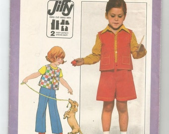 8217 Simplicity Sewing Pattern Girls Vest Gauchos Pants Size 6 Vintage 1970s
