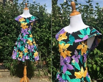 SALE Vintage 1980s Dress - 80s Floral Print Cotton Party Dress - Take the Stage - medium M