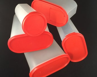Set of 5 Tupperware Modular Mates with Red Lids, 12-1/4 Cup, 9-3/4 Cup, 4-3/4 Cup, Round 22 oz. Interchangeable Lids, One Flip Top Lid