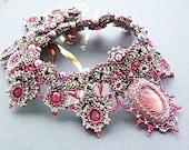 Sale -20% off - Pearl rose necklace - Swarovski necklace - Swarovski rose necklace - Beaded necklace handmade - Purple pearls necklace