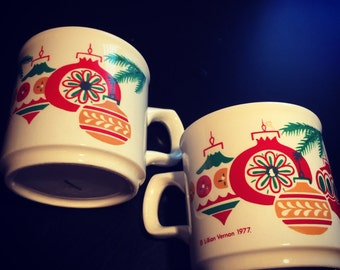 Vintage 1977 Lillian Vernon Ireland Christmas Ornament Coffee Mug Set