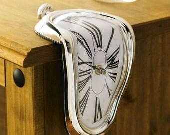 Dali Desk Clock /Desk  Clock/Battery-Operated Clock