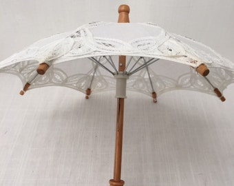 Vintage White Cotton Embroidered Lace Little Umbrella / Doll's Umbrella / Collectible