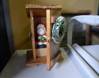 "Enesco Outhouse Santa Claus Music Box ""Here Comes Santa Claus"""